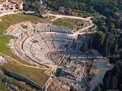 teatro greco di siracusa siracusa teatro greco di siracusa wikiwand