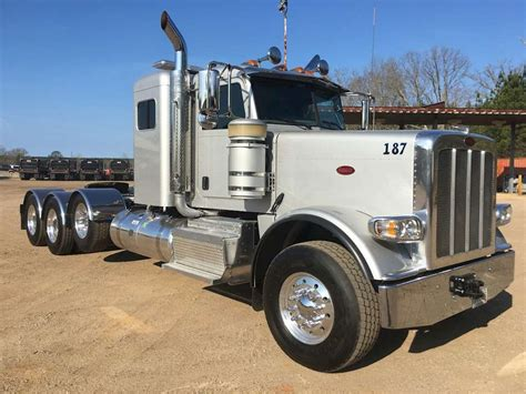 Peterbilt Sleeper by 2015 Peterbilt 389 Sleeper Truck For Sale Montgomery Al