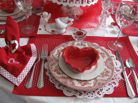 valentine s day table settings romantic table setting on pinterest