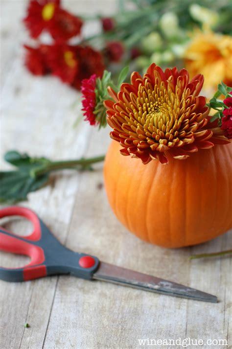 diy thanksgiving centerpiece wine glue