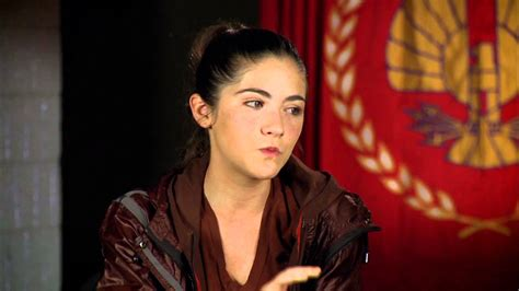 hunger games hairstyles clove training isabelle fuhrman clove official hunger games interview