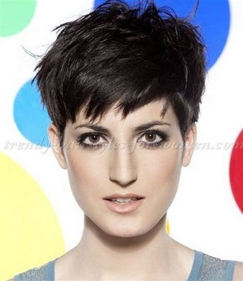 pixie cut for 30 somethings cool layered pixie crop haircuts 2017 hairstyles ideas