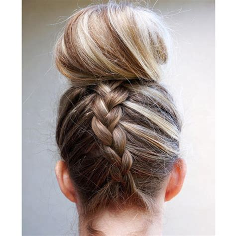 gibson knot hairdo for wet hair 7 gorgeous ways to style wet hair dutch braided top knot