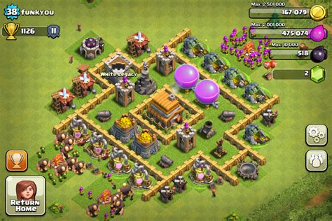 This is the best town hall 5 base i have seen they made the best base