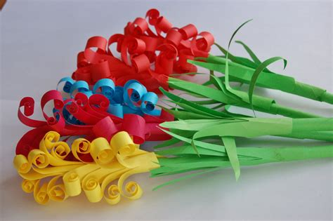 Hoe To Make Paper Flowers - how to make a paper flowers