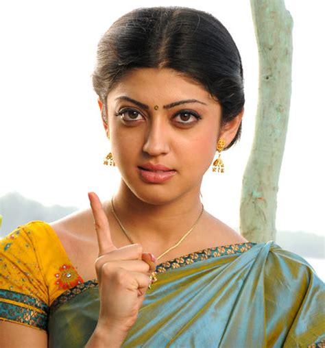 hindi heroine biodata indian film actress profiles biodata actress pranitha hot
