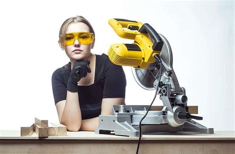 table saw miter reviews best miter saw reviews and buying guide 2018 dewalt
