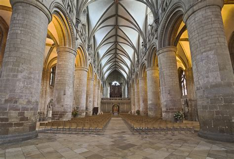 gloucester cathedral romanesque architecture wide