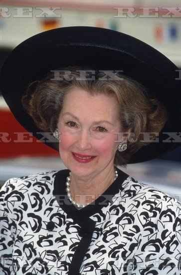Raine Spencer by Pin By Pamela Rider On Royal Women In Hats 3 Pinterest