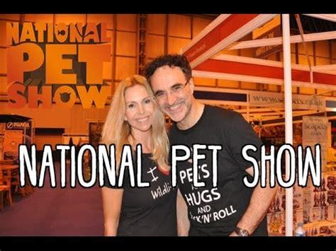anneka svenska noel fitzpatrick national pet show featuring supervet noel fitzpatrick