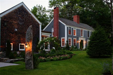 colonial farmhouses colonial farmhouse farmhouse exterior portland maine