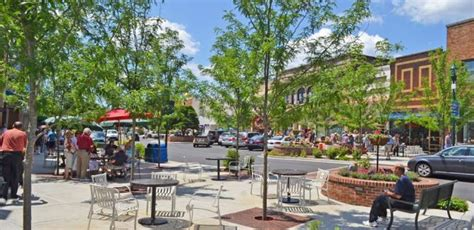 best mountain town to live in va hendersonville carolina best cities and places to live
