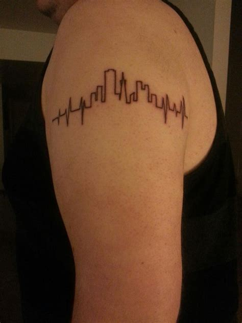 minimalist tattoo bay area just got this tattoo heartbeat with san francisco skyline