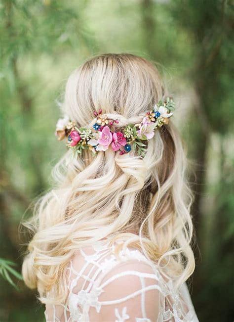 flower crowns  floral hair accessories  weddings
