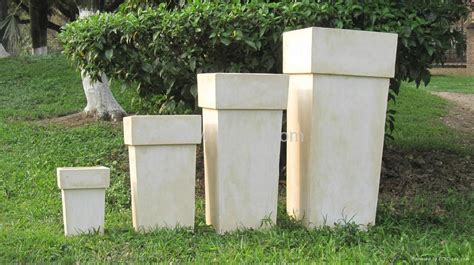 How To Make A Garden Planter by Square Tapered Flower Pot Garden Planter Yf 2012006