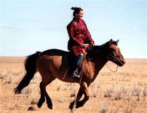 uk celebrities who love horses mainland aggregates blog seven celebrities you never