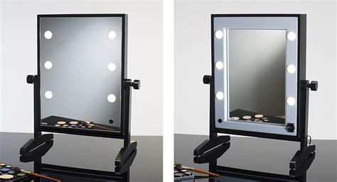 beleuchtung up schminkspiegel mit beleuchtung f 252 r make up artists cantoni