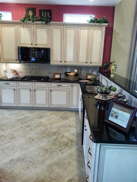 Tumbled Marble Kitchen Backsplash by Ask Maria Help I Don T Want The Same Kitchen As Everyone