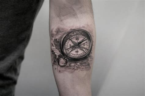 tattoo compass znaczenie arm realistische kompass tattoo von bang bang