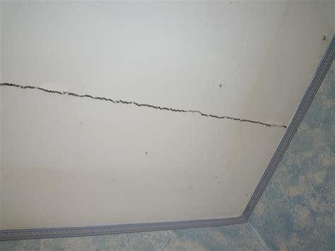 Fissure Plafond Platre fissure plafond grave