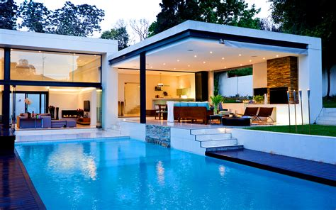 homes with pool citilights aire