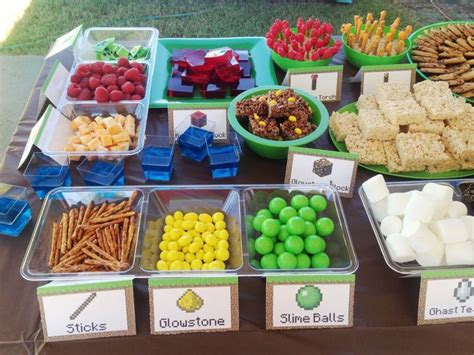 Snack Table Ideas by Minecraft Snacks Creative Ideas Birthdays Minecraft Food And Snack Station