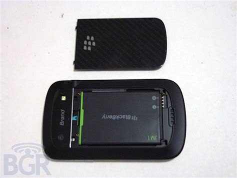 Blackberry Bold Dakota 9900 blackberry bold touch 9900 dakota fotos und specs mobilecheck