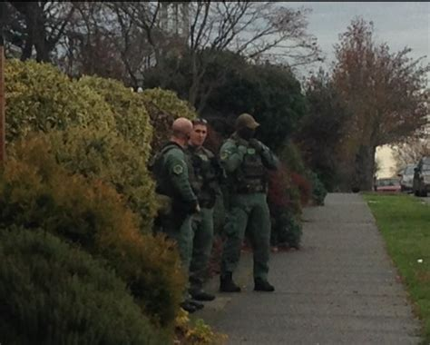 Seattle Warrant Search West Seattle Update King County Deputies Serving West Seattle Warrants