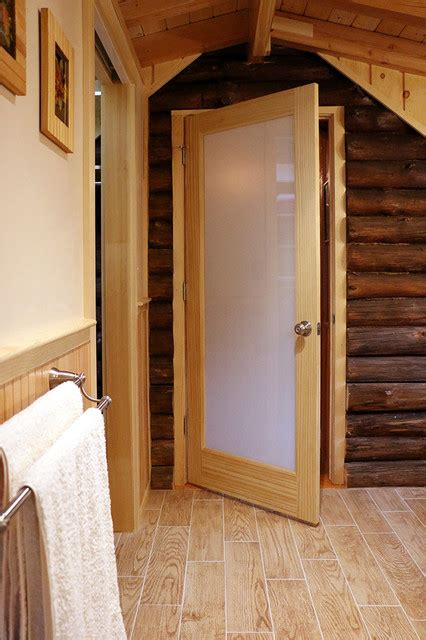 log cabin badezimmerideen log cabin addition master bath rustikal badezimmer