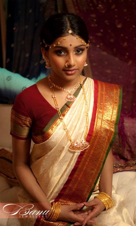 traditional South Indian tamil Bride wearing bridal saree