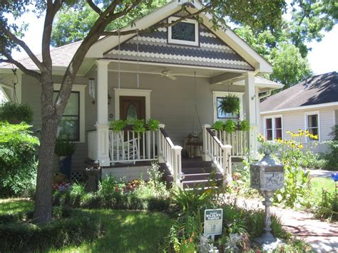 bungalow front porch with house plans bungalow house plans with garage designs of bungalows beach house bungalow garden and bungalow front porch ideas