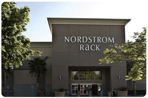 Nordstrom Rack In Scottsdale Az by When How To Shop At Nordstrom Rack