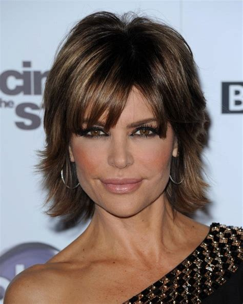stars with shag hairstyles more pics of lisa rinna short straight cut 3 of 6