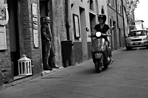 Winterreifen Motorrad by Winterreifen F 252 R Roller Und Motorrad Magazin Auto De