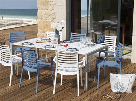 fauteuil exterieur 1111 salon de jardin quot sunday quot 1 table 4 fauteuils blancs