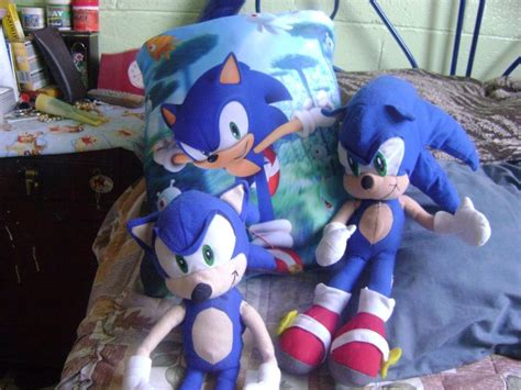 sonic pillow sonic pillow and plush by sonic972 on deviantart