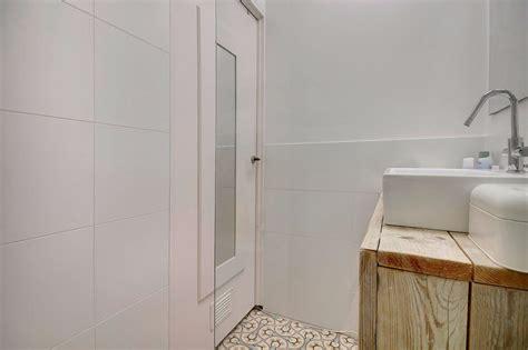werkspot badkamer plaatsen stopcontact plaatsen badkamer werkspot