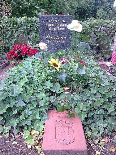 actress died kidney failure grave marker marlene dietrich actress angel dietrich