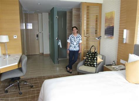 room suite accommodation orchard gateway singapore superior cityview room picture of hotel jen