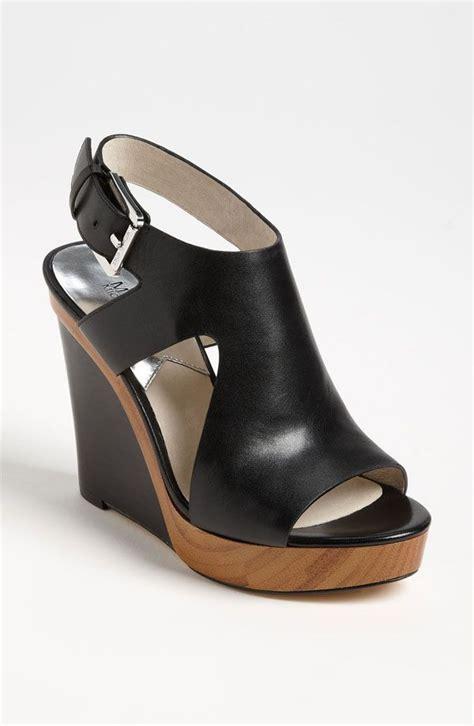 Mk B698 7 Wedges Shoes best 25 michael kors shoes ideas on michael