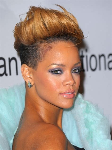 short weave hairstyles for rihanna and haille berry 2010 grammy awards celebrity fashion