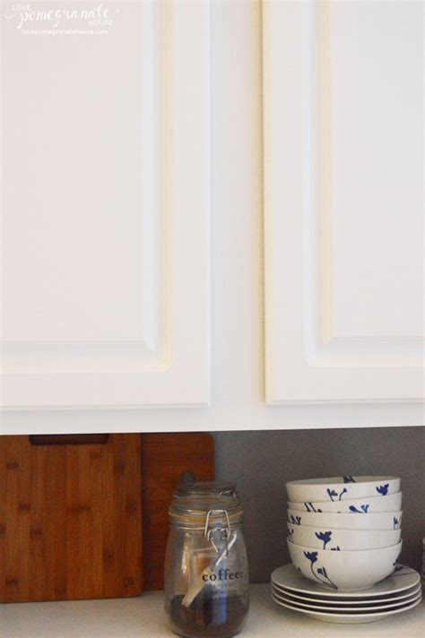 Where To Put Knobs On Cabinet Doors How To Install Cabinet Hardware With Knobs A Template Trick Magnificent Install Drawer Pulls