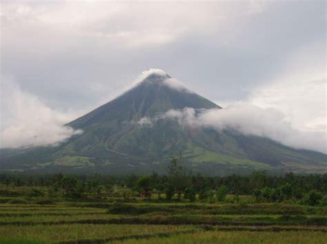 famous world famous volcanoes