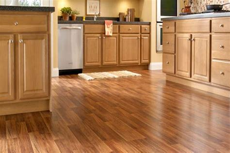 Laminate Flooring For Kitchen by Laminate Flooring Installation Cost Beautify Your Kitchen