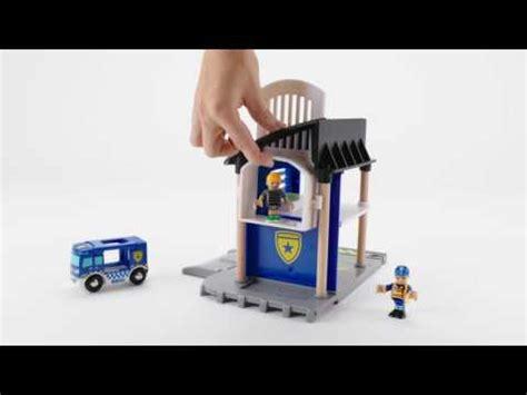 brio police station 33813 brio police station youtube