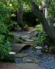 35 lovely pathways for a well organized home and garden brick pathway ideas for garden design