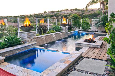 Backyard Pools Of California Swan Pools Swimming Pool Construction Company