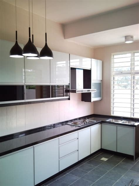 kitchen cabinet malaysia kitchen cabinets vermont kraftmaid kitchen cabinets all wood cabinetry w930l vhs 9 inch wide by