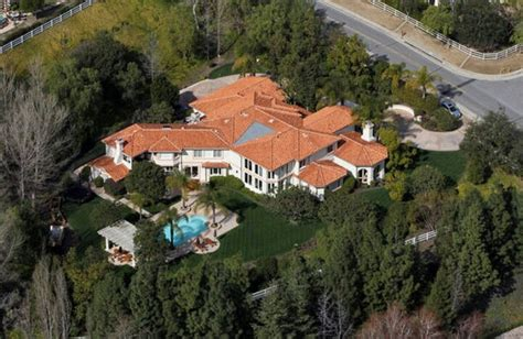 bruce jenner house 17 best images about kris jenner house on pinterest bruce jenner pool houses and