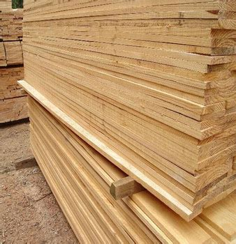 China Solid Board Pine Timber Kiln Dried Wood Supplier